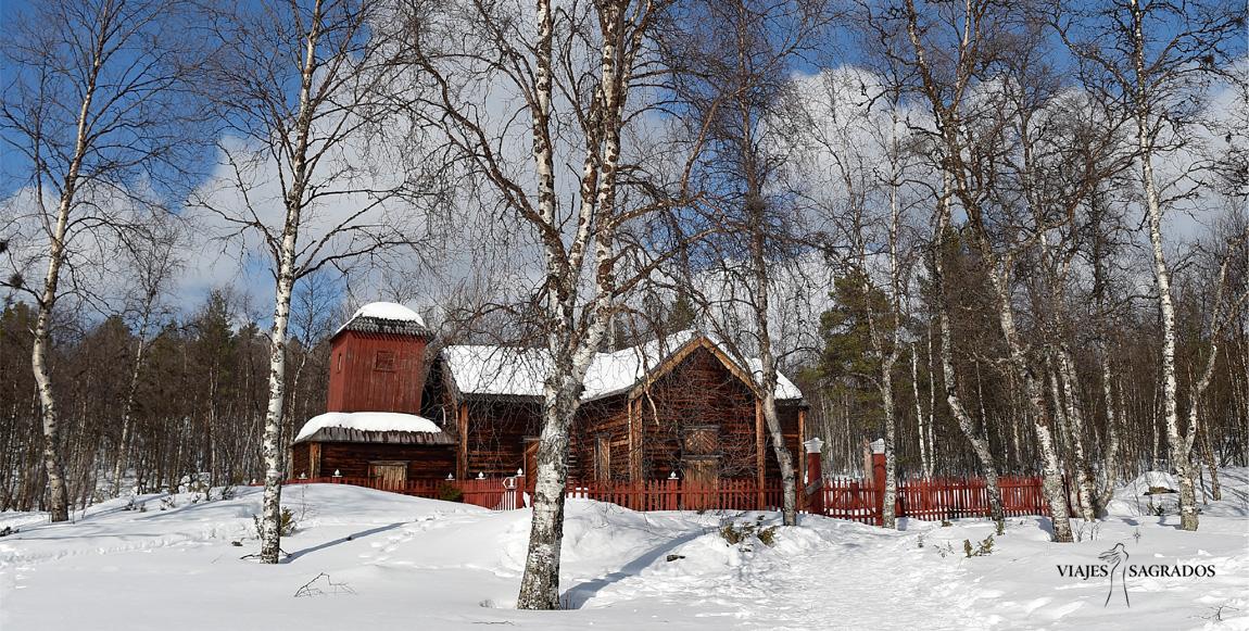 Lugar sagrado con nieve