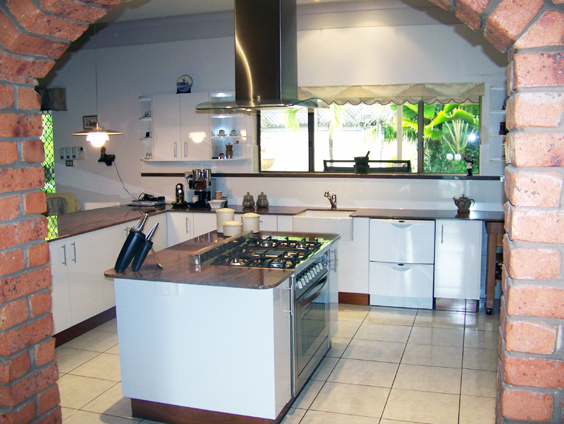 kitchen-renovations-ruraldarwin.jpg