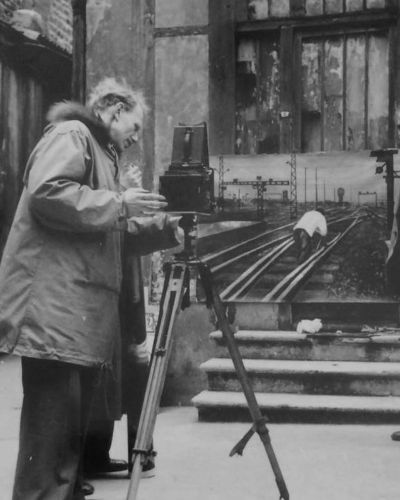 Anker Spang Larsen - 1917 - 2003