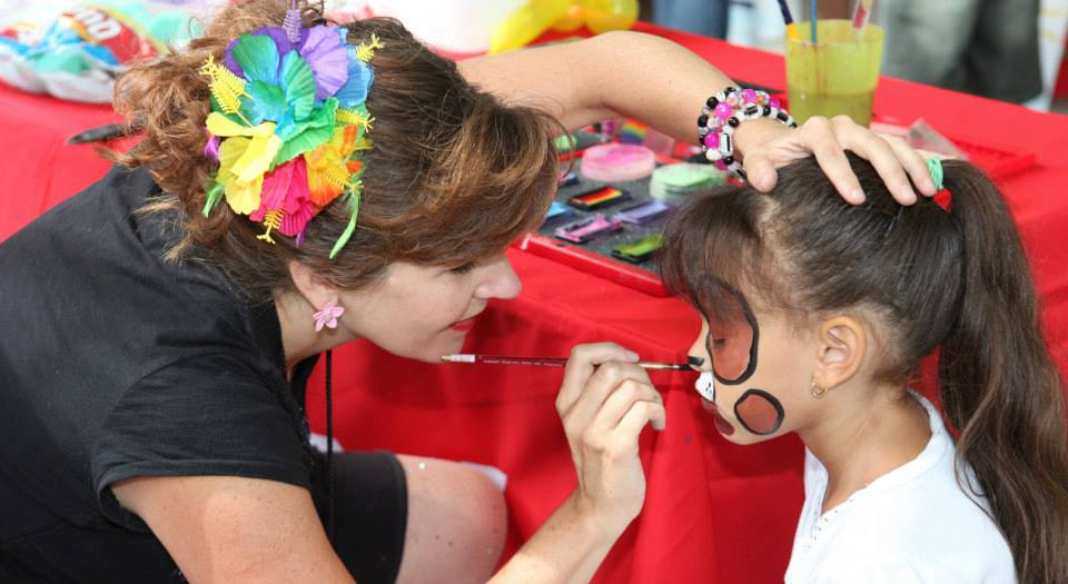 Face painting and kids party services