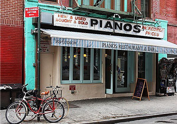 Pianos1.jpg