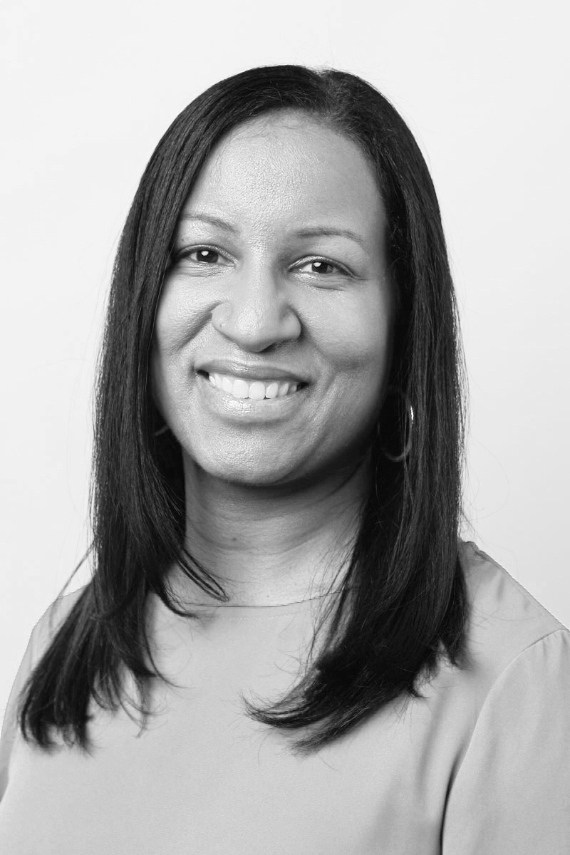 <h3>Justina Nixon-Saintil</h3><h5>Director of Education</h5><i>Verizon</i>