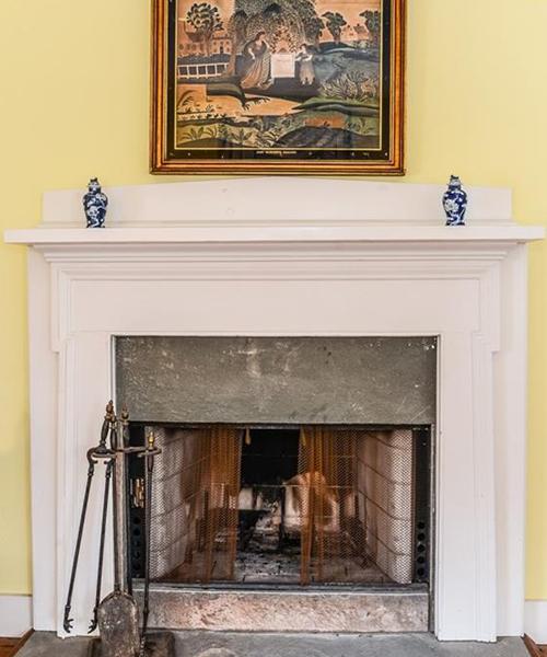 Switz_B_Fireplace.png