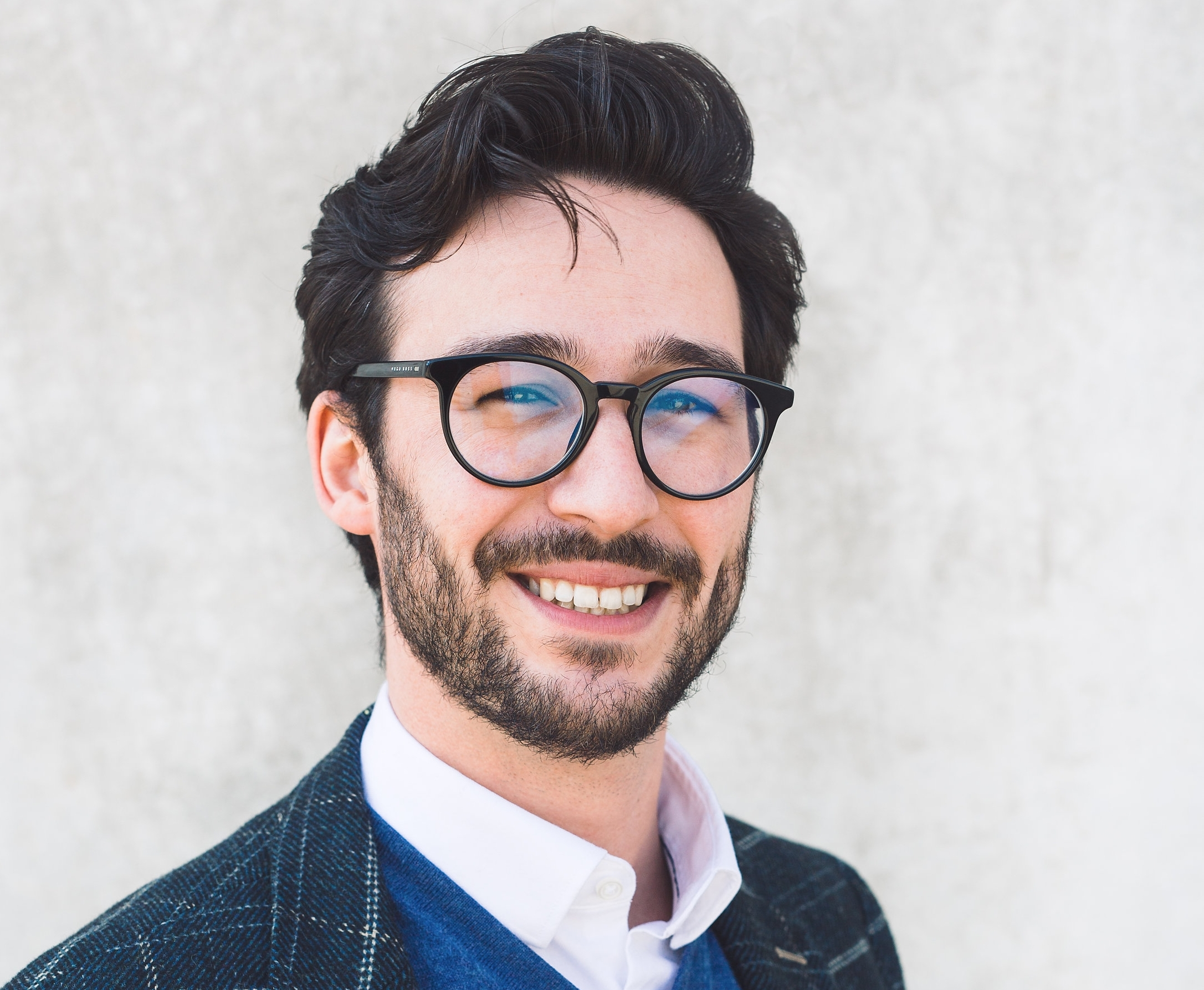 Maximilian Kranz - Maximilian Kranz ist Personalberater bei der Ärztevermittlungsagentur doctari Schweiz mit dem Sitz in Allschwil (Basel). Nach seinem Studium der Politikwissenschaften ist er seit 2017 bei doctari tätig und zuständig für den Bereich Stellenberatung/Vermittlung in Schweizer Kliniken.
