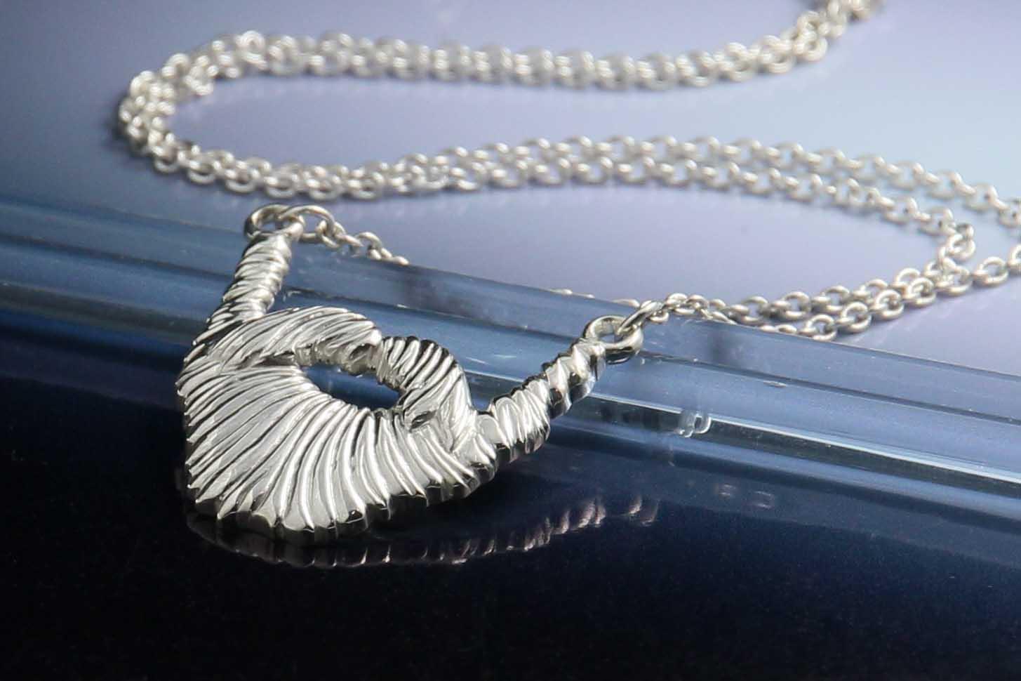 Silver-beard-necklace.jpg