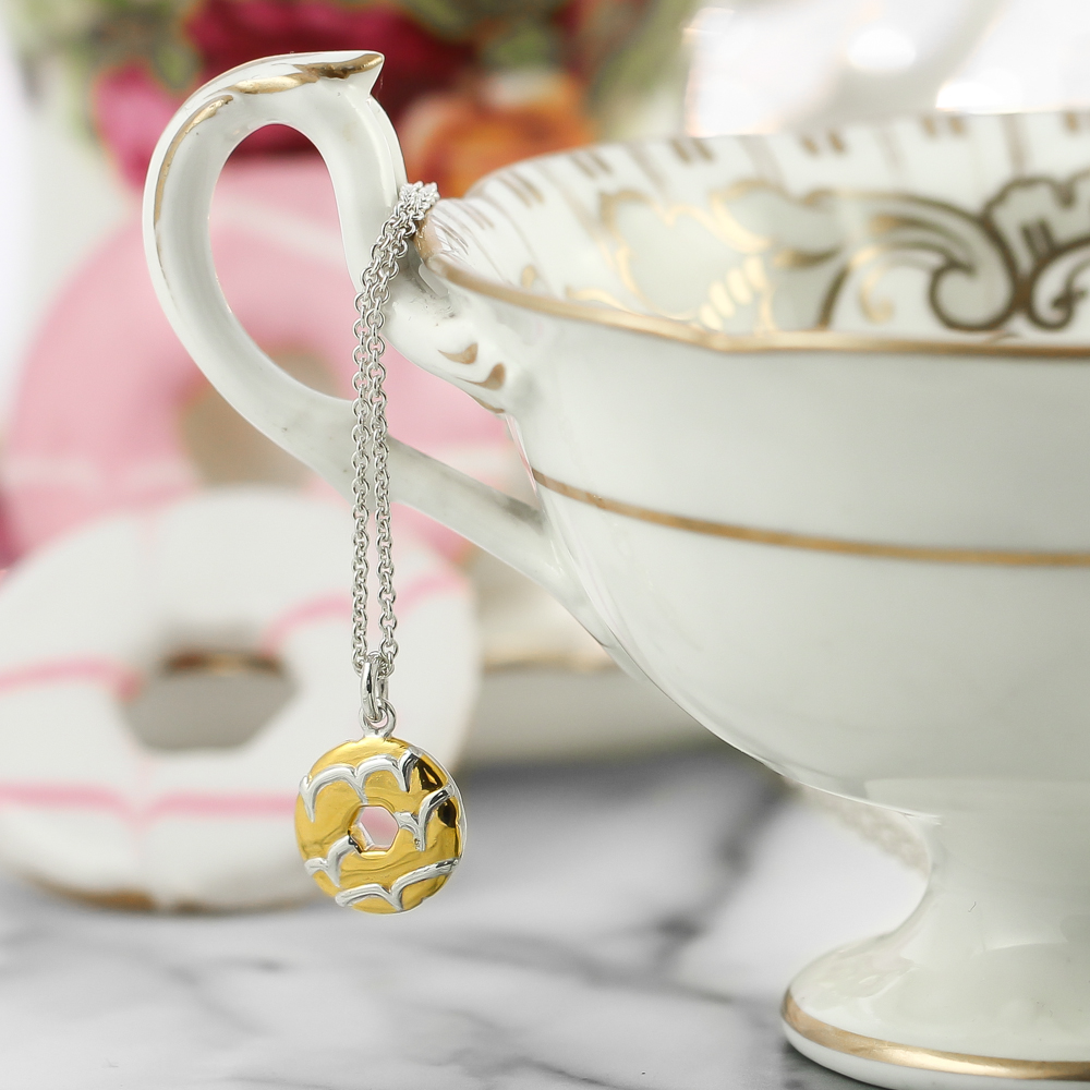Sterling silver party ring biscuit necklace lifestyle photo