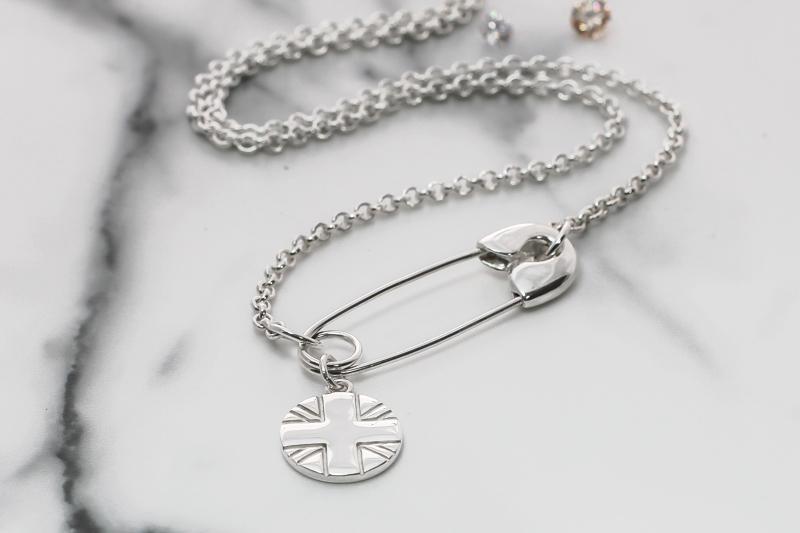 London rollergirls custom logo necklace