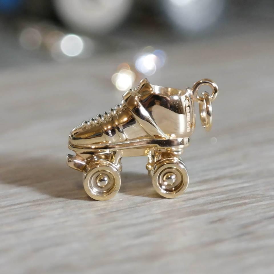 Custom roller derby skate charm solid gold
