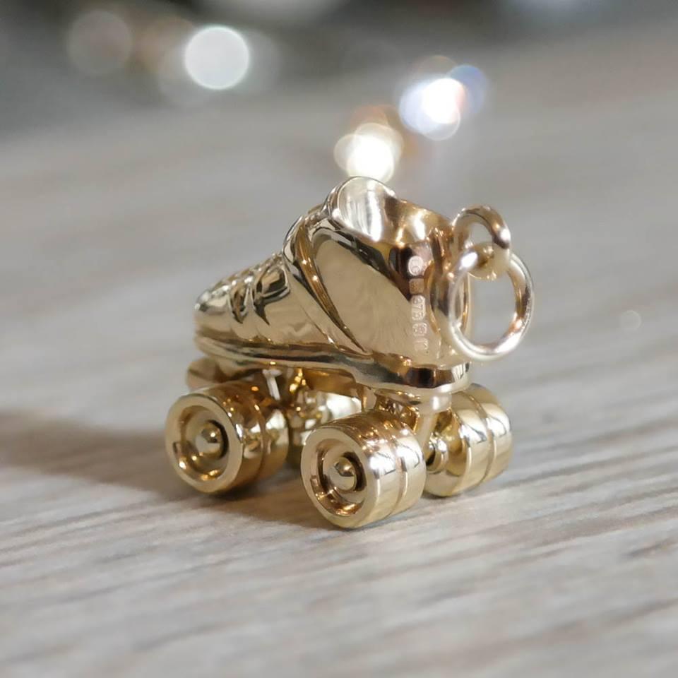 Custom roller derby solid gold skate charm
