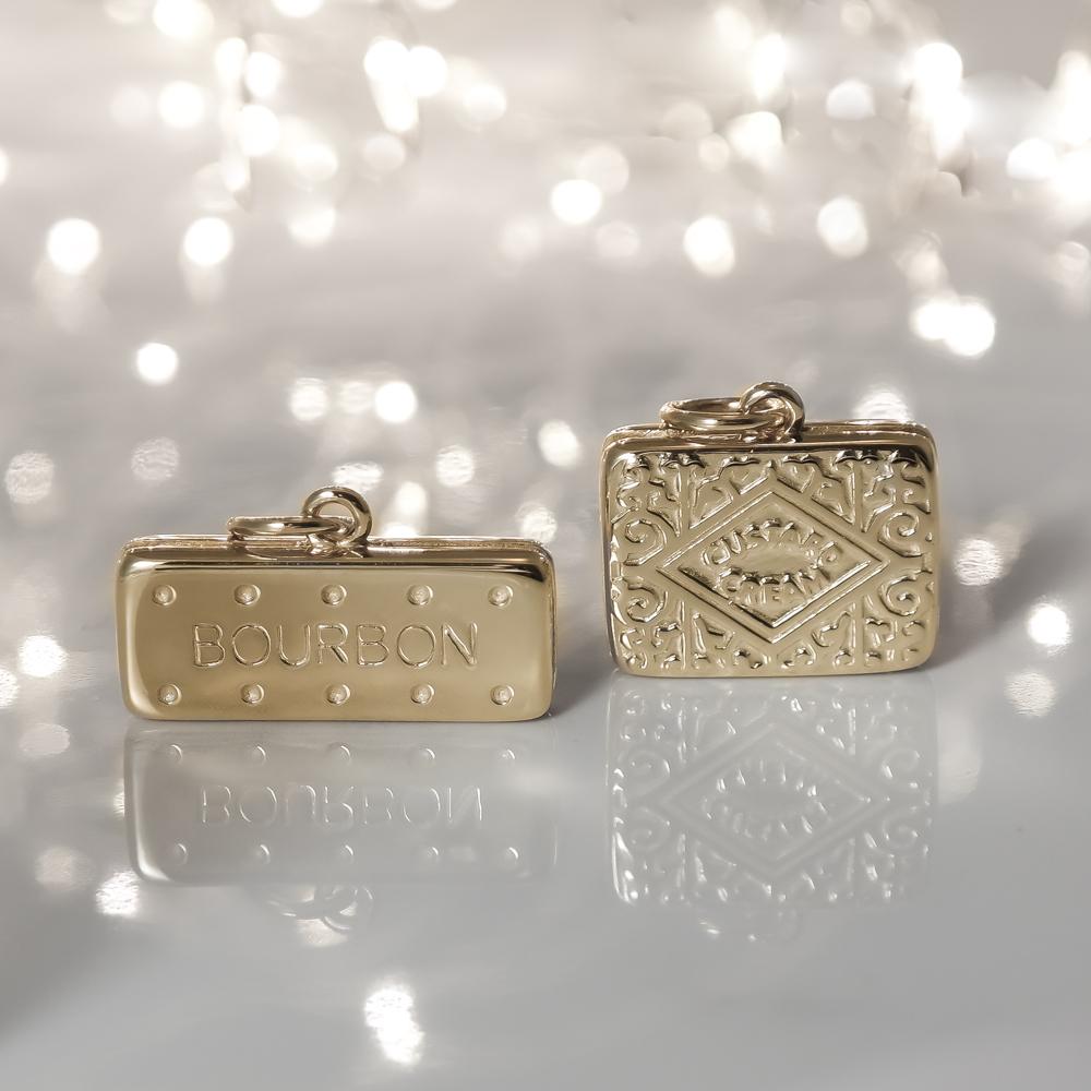 Solid 9ct gold custard cream charm pendant