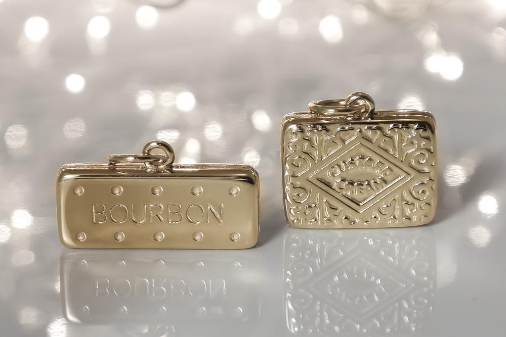 Solid-9-ct-gold-custard-cream-pendant-charm-necklace.jpg