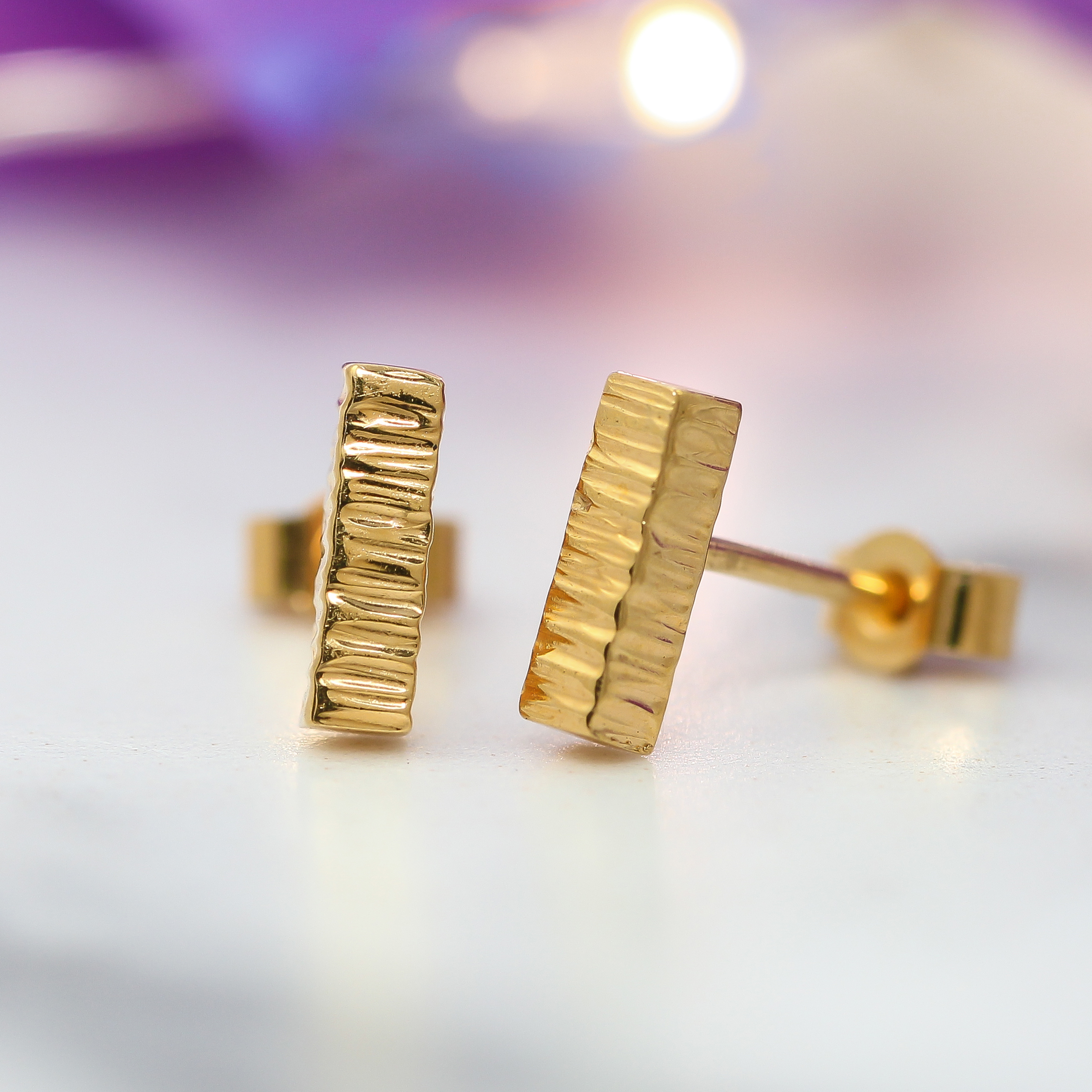 18 k gold vermeil earring studs hammered square bar