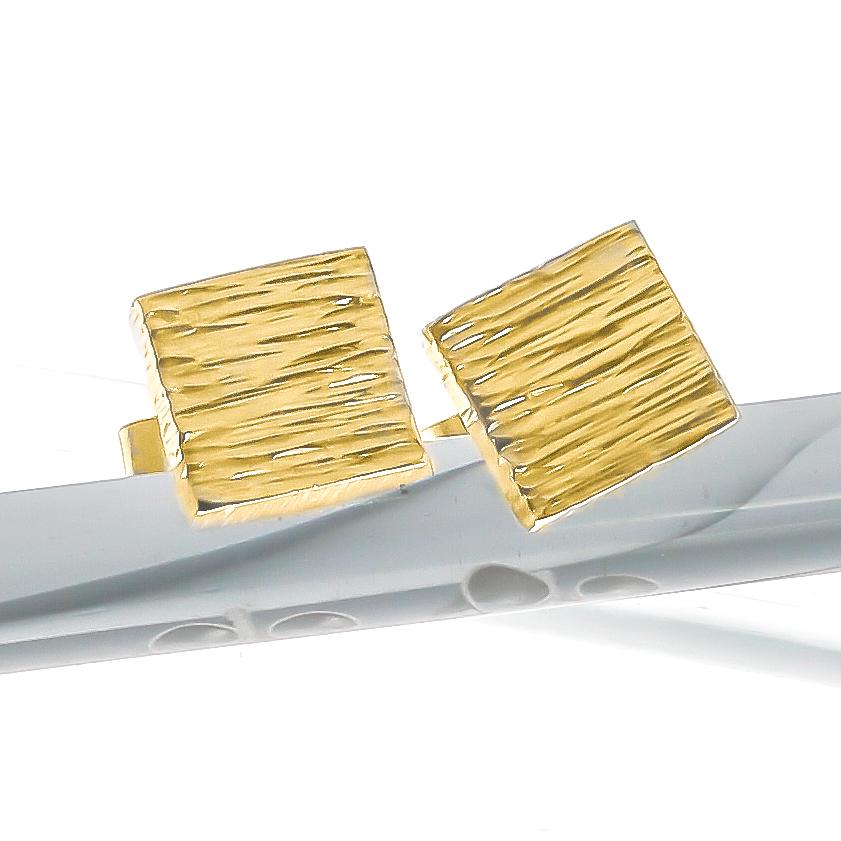 18 carat gold vermeil hammered square ear studs