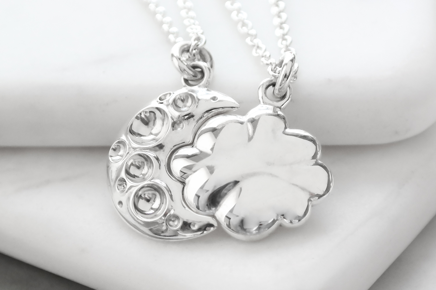 Sterling-silver-cloud-moon-interlocking-friendship-sisters-necklace.jpg