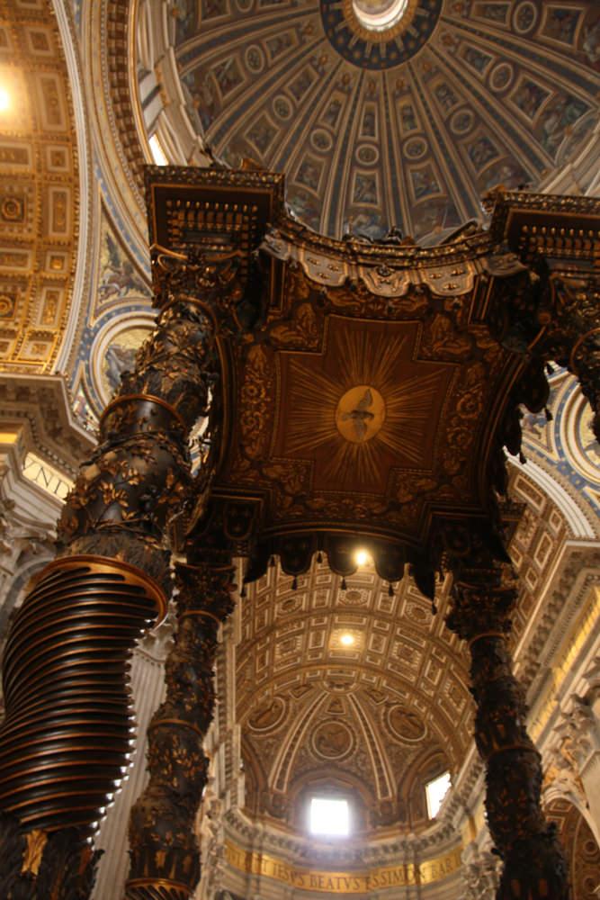 Vatican-museum-internal-ceilings.JPG