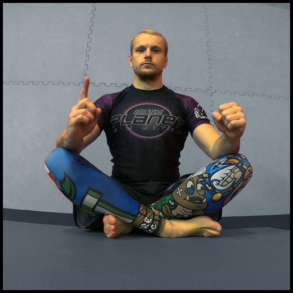 Kristian Olsvik - 10p Bergen Purple belt and competitor. Kristian has been training martial arts for several years, he's a solid athlete and highly technical practitioner with a great commitment to the Jiu Jitsu journy. He sometimes runs (MTW) beginner session at 10pBergen.