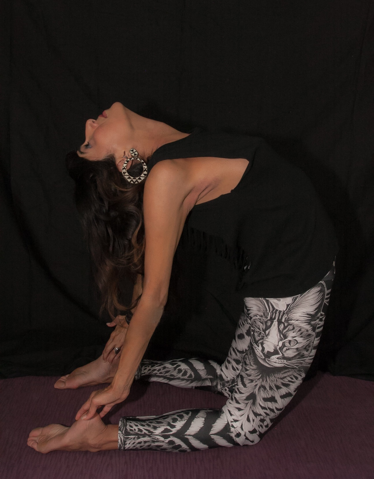 Yoga Leggings - These leggings are great for doing yoga and then hitting the town. They have a higher waist than the regular leggings and are a bit thicker. They have a high spandex content which offers an element of compression.*Ethically made in Canada with Eco-Poly Fiber!