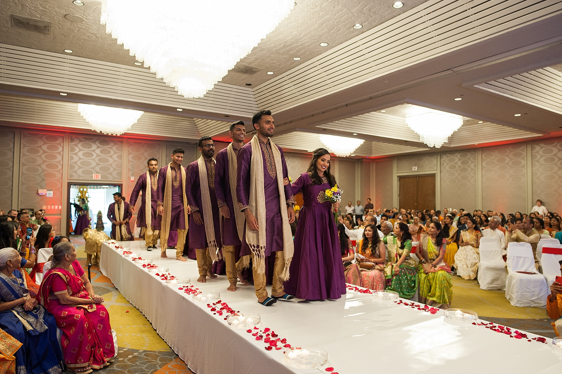 Prexa_Harry_Columbus_Crown_Plaza_Indian_Wedding0064.jpg