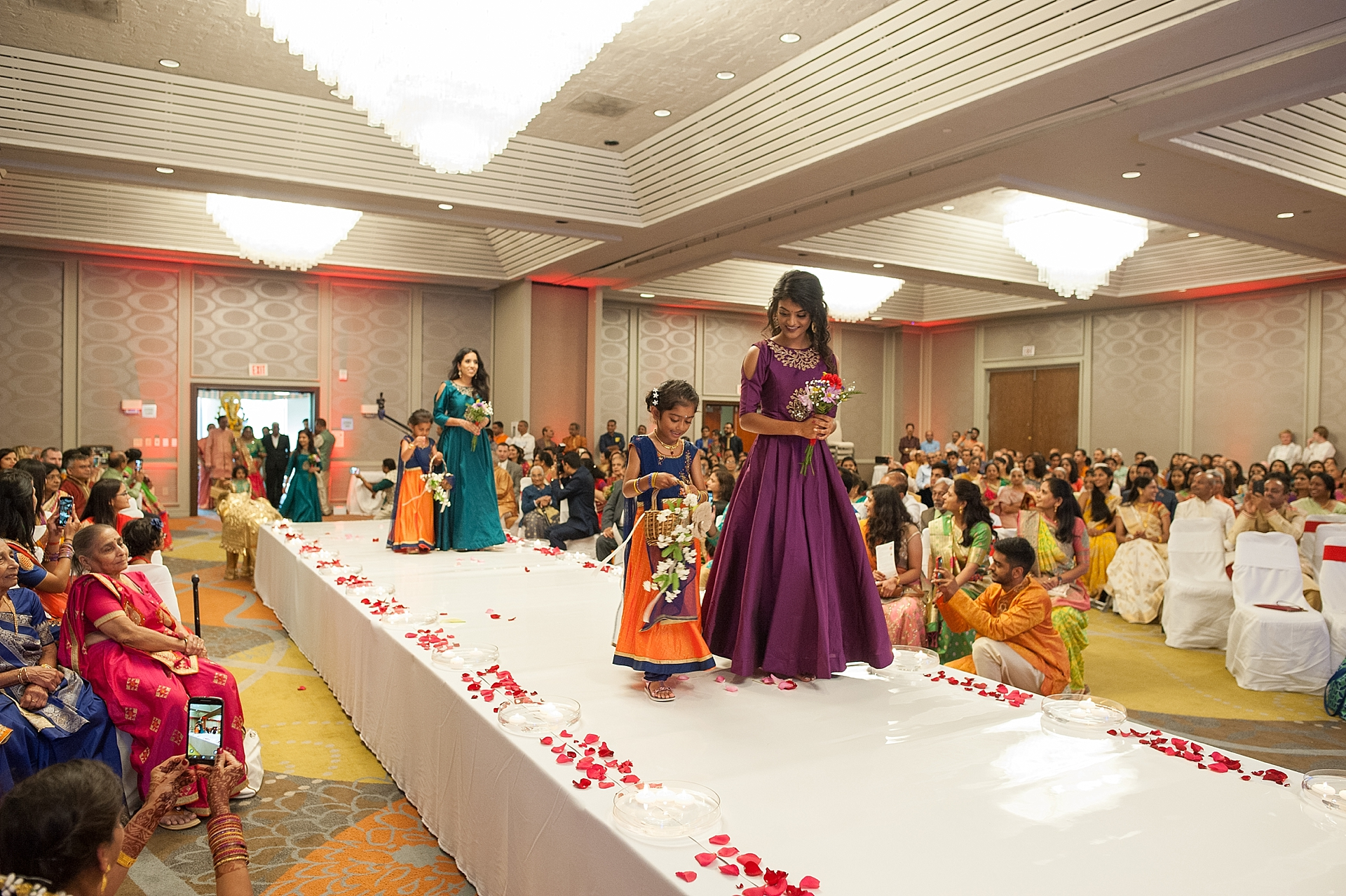Prexa_Harry_Columbus_Crown_Plaza_Indian_Wedding0065.jpg