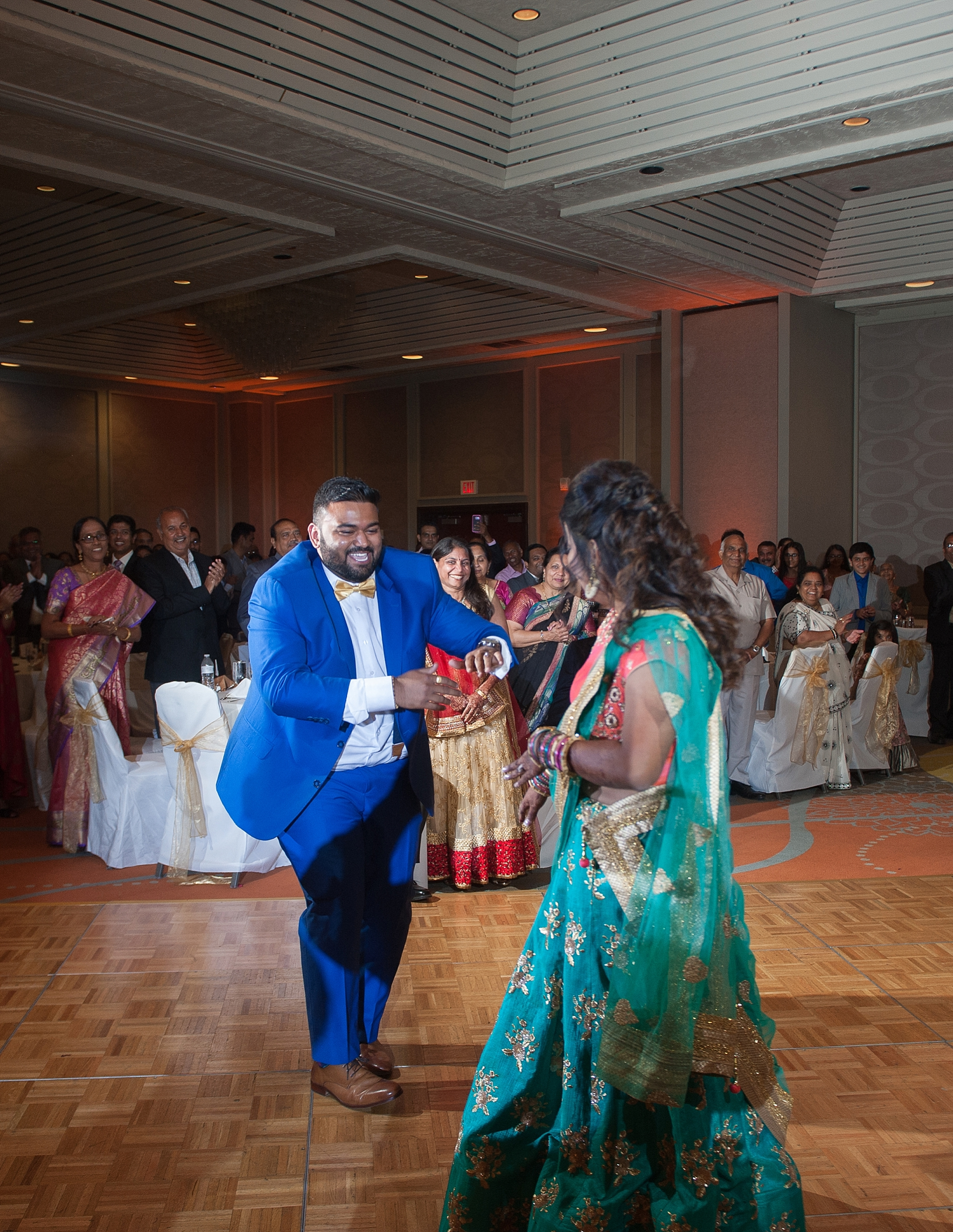 Prexa_Harry_Columbus_Crown_Plaza_Indian_Wedding0098.jpg