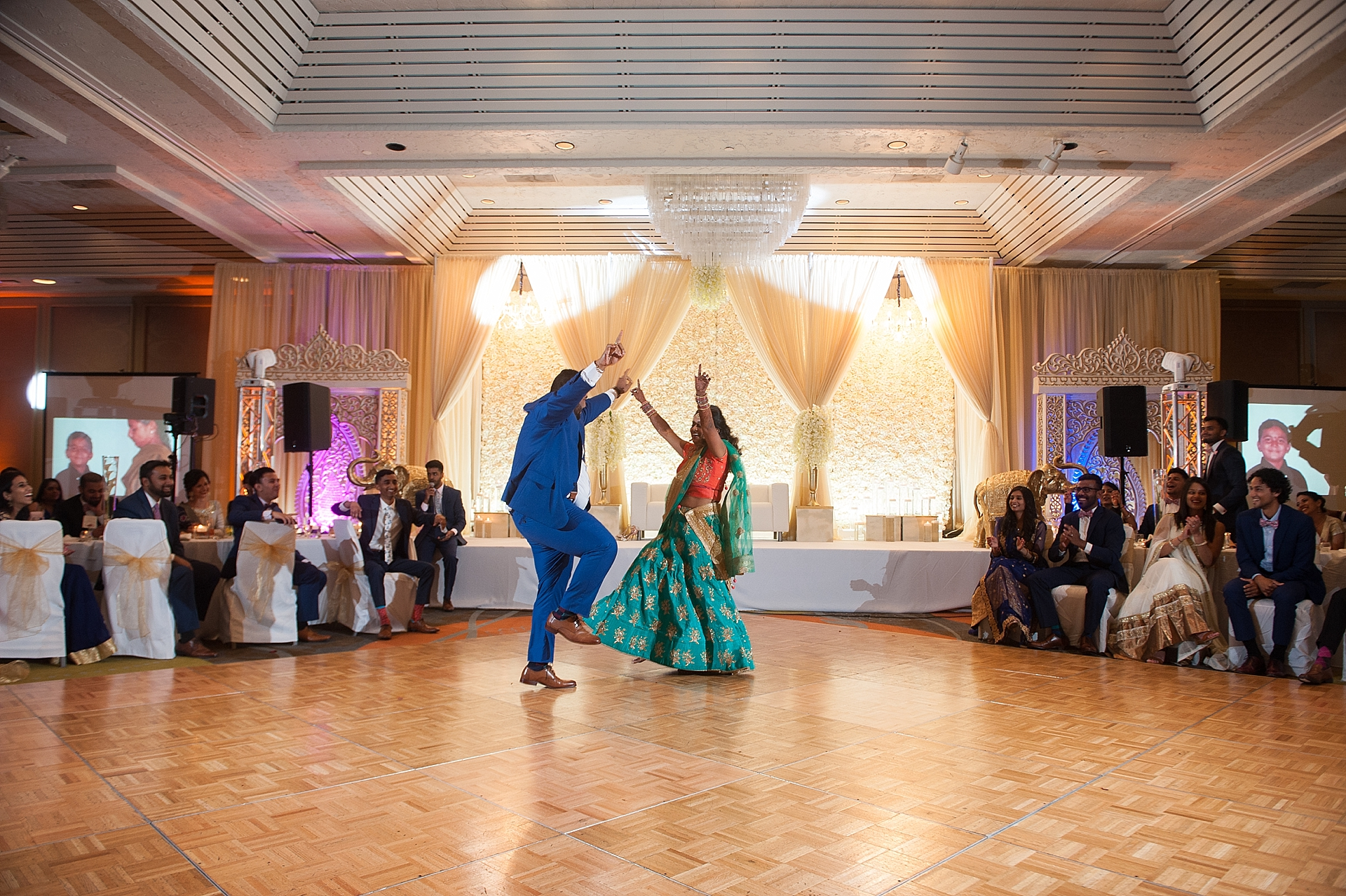 Prexa_Harry_Columbus_Crown_Plaza_Indian_Wedding0114.jpg