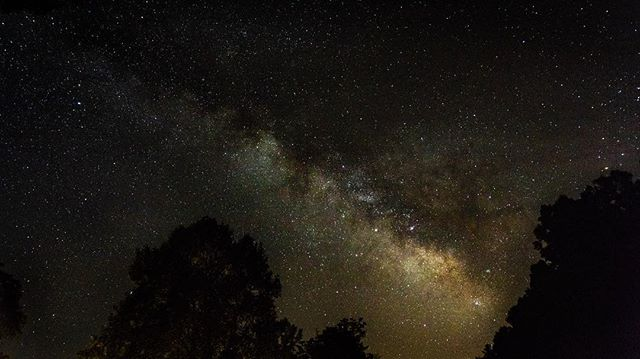 . . . . . . . . . . . . . . . . . #longexposure_shots #nightimages #nightshooterz #nightshooters #nightpics #milkywaygalaxy #astrophotography #astrophoto #astro_photography_ #astro_photography #longexposure #longexpohunter #longexpo #amazing_longexpo #amazingearth #natgeospace #milkyway #nightphotography#night_excl #photopills#amazingphotohunter #fantasticuniverse #night_excl #blueridgemountains #rei