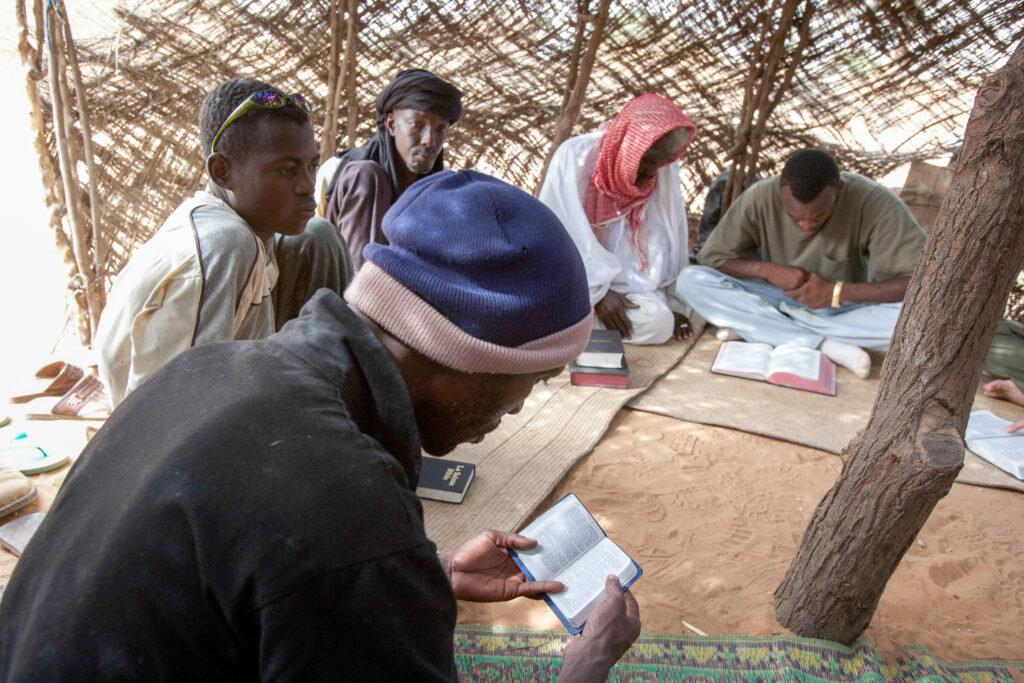 imb-photos-niger-bible-study.jpg