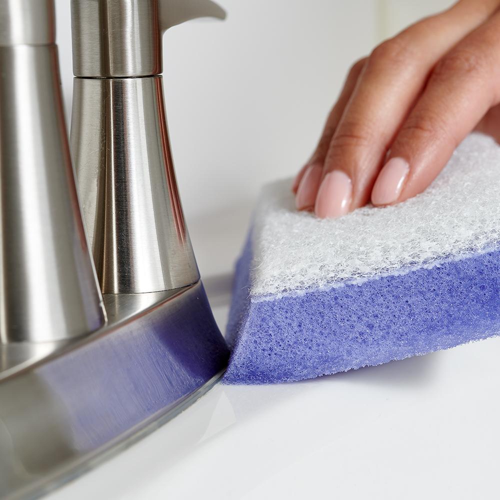 Brillo Estracell No Scratch Scrub Sponge with Wedge Edge—Bathroom
