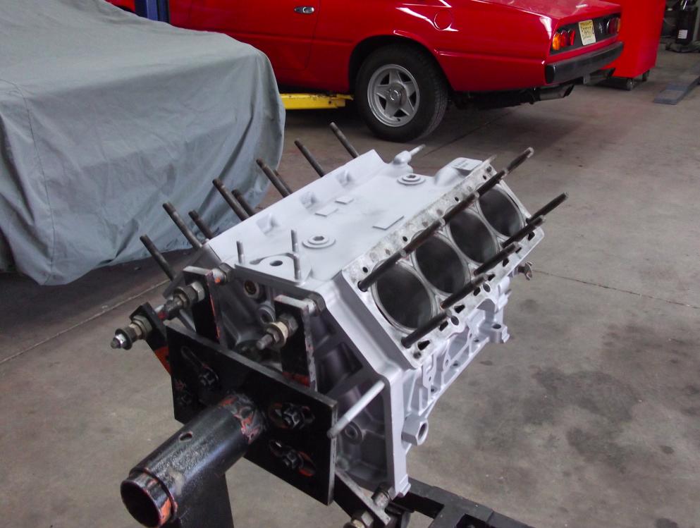 GT - V8 Block 365 Background.png