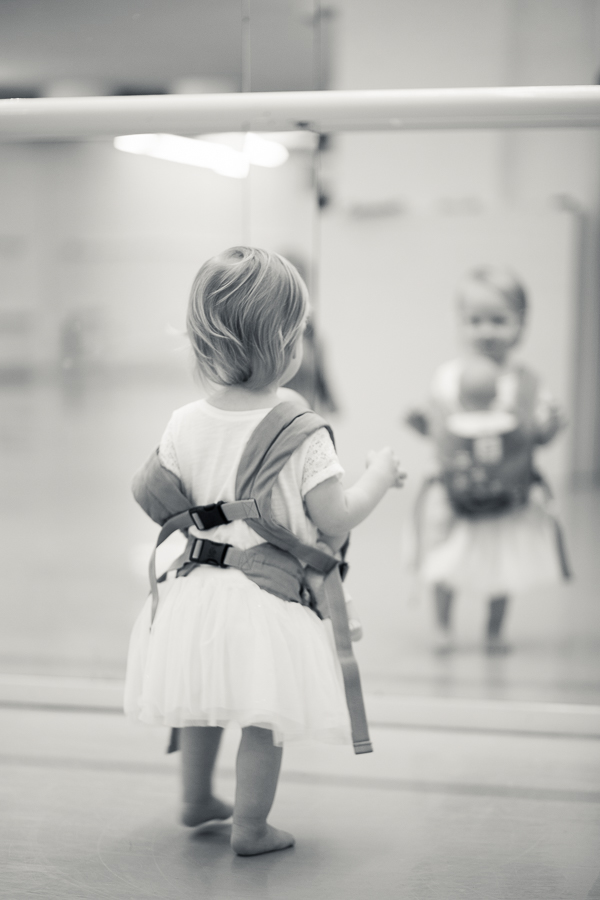 baby_wearing_ballet_oslo_norway-15.jpg