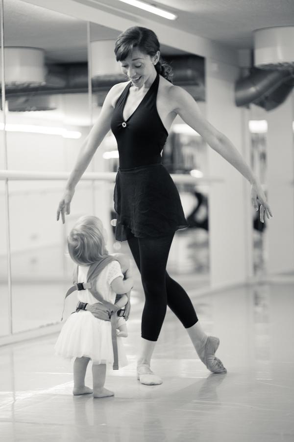 baby_wearing_ballet_oslo_norway-17.jpg