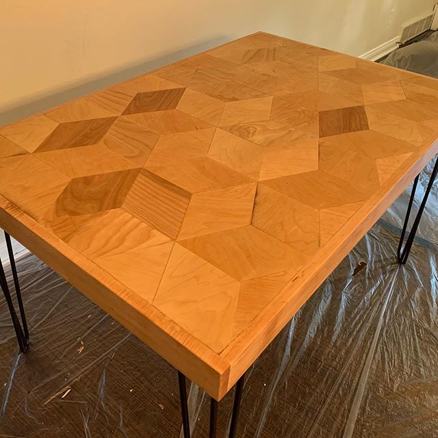 Delivered this table over the weekend, to a couple staging a house they just rehabbed. The lighting was awful. #dealwithit #woodworking #geometricart #3dwoodsigns #woodworking #diningroom #table #diningtable #hairpinlegs #woodworkingskills #woodworker #woodworkersofinstagram #woodshop #maple #furniture #furnituredesign