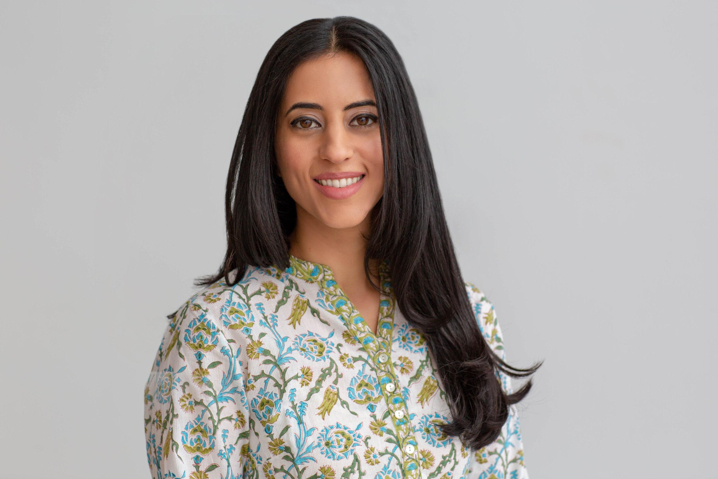 Geeti Shirazi Mahajan_LCSW-yoga_1.jpg
