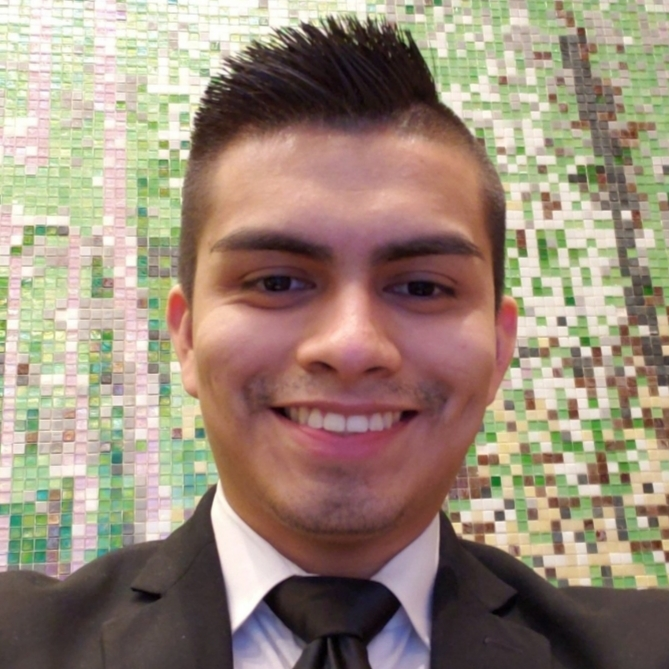 Jovanni Luna - Hello everyone, I am Jovanni. I am excited to be participating in Pursuit and look forward to seeing all of you. I hope we all get into the tech industry and acheive our goal. I love to play soccer.