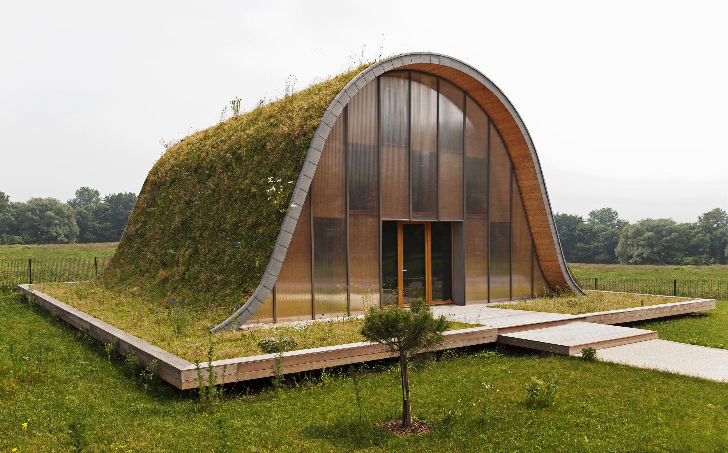 La maison-vague construite en 2013, sur la commune de Sillery (51) ©Ternisien