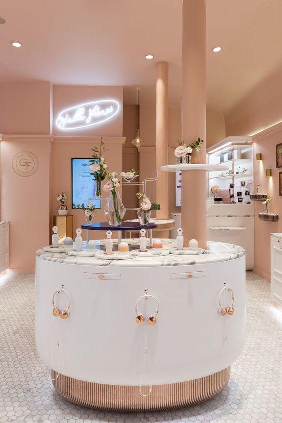 La boutique du parfumeur GELLÉ FRÈRES, Paris