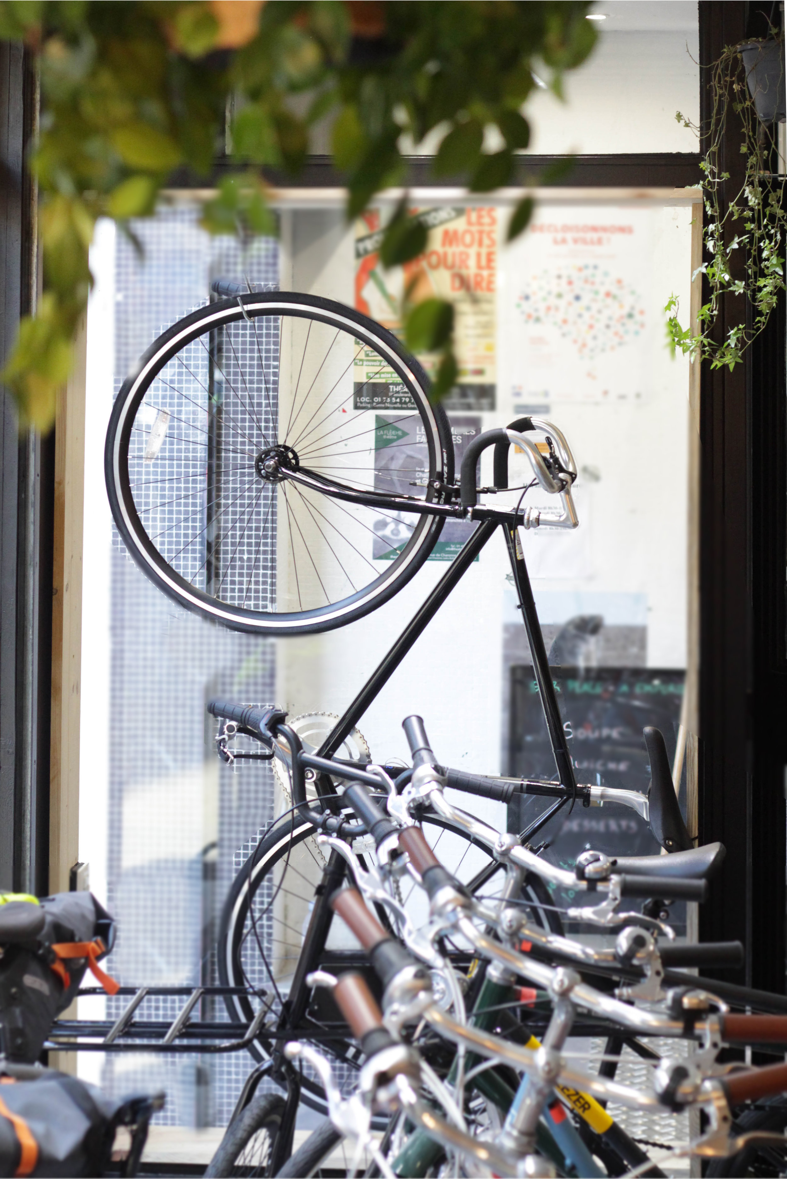 Vélo vitrine.jpg