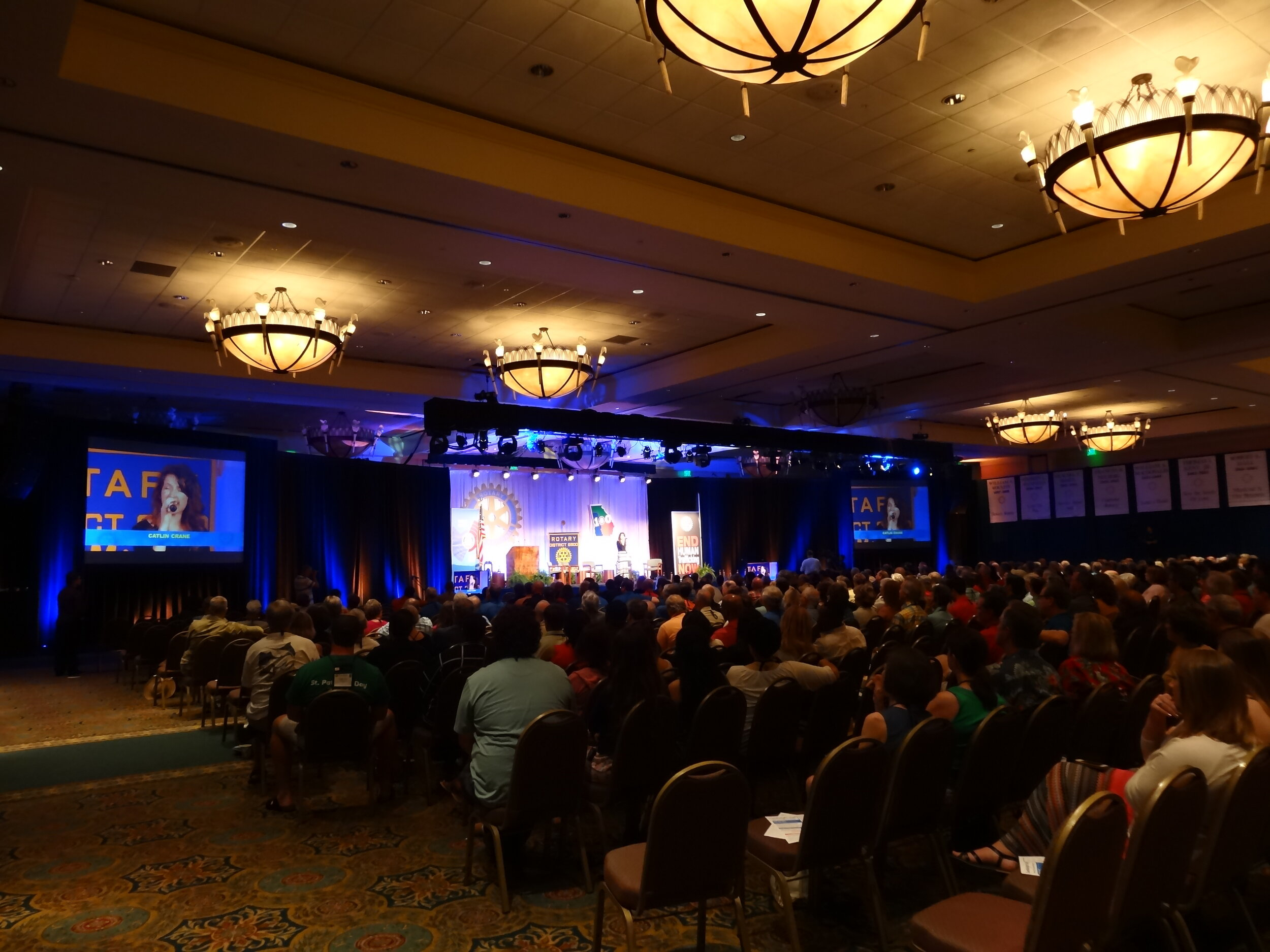 """2014 - SINGING """"BREAK THE CHAINS"""" AT THE REGIONAL ROTARY CONVENTION"""
