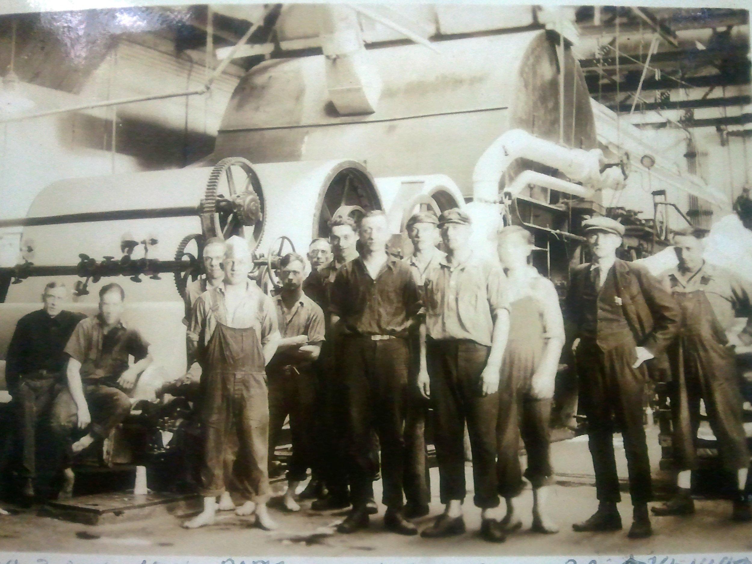 Rhinelander Barefeet 1926.jpg