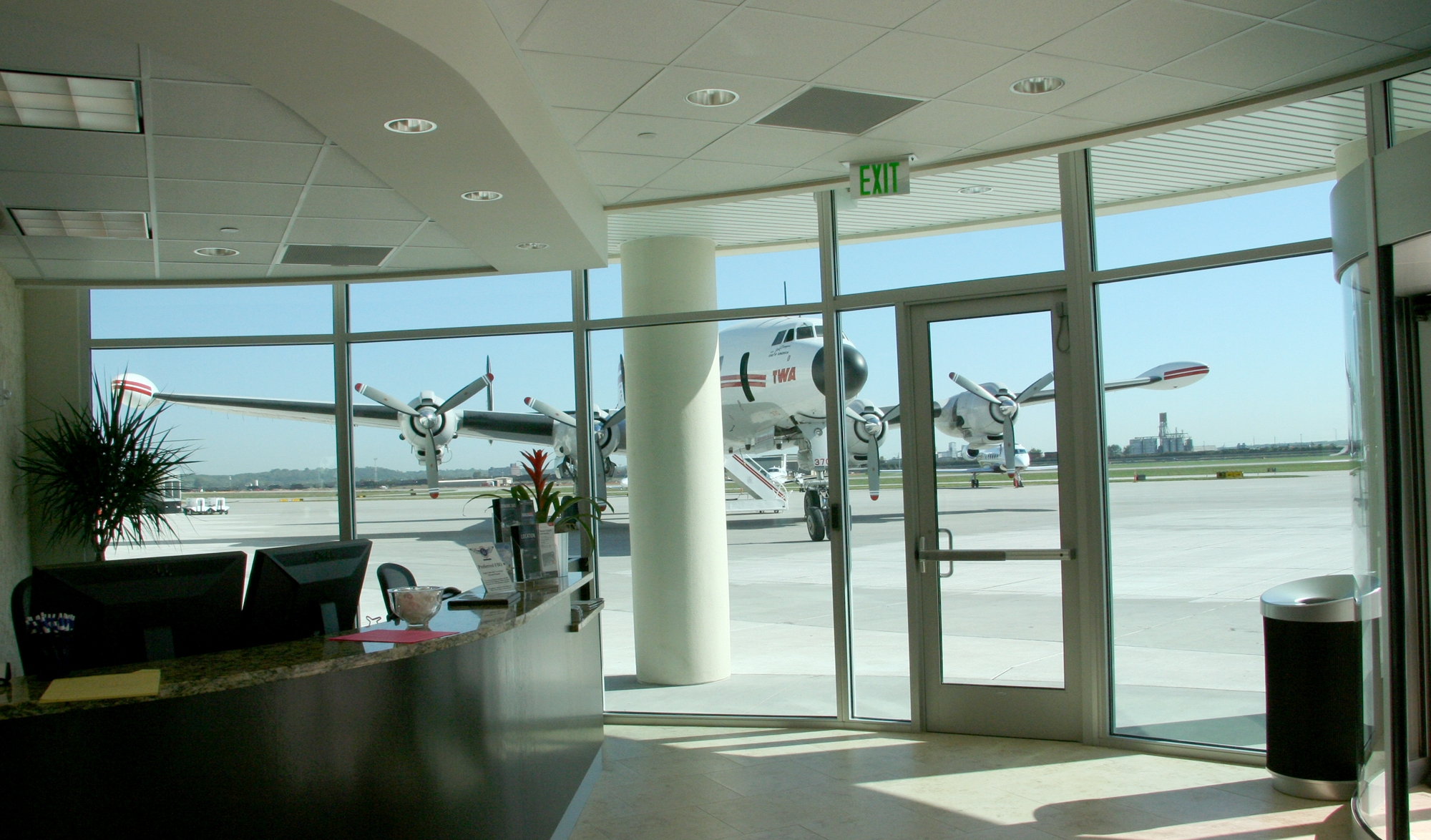 Hangar10_Interior-Reception_Edit.jpg