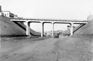#3Bernal_Cut,_Richland_Avenue_and_Miguel_Street_Bridge_oct_18_1929_AAA-9913+copy.jpg