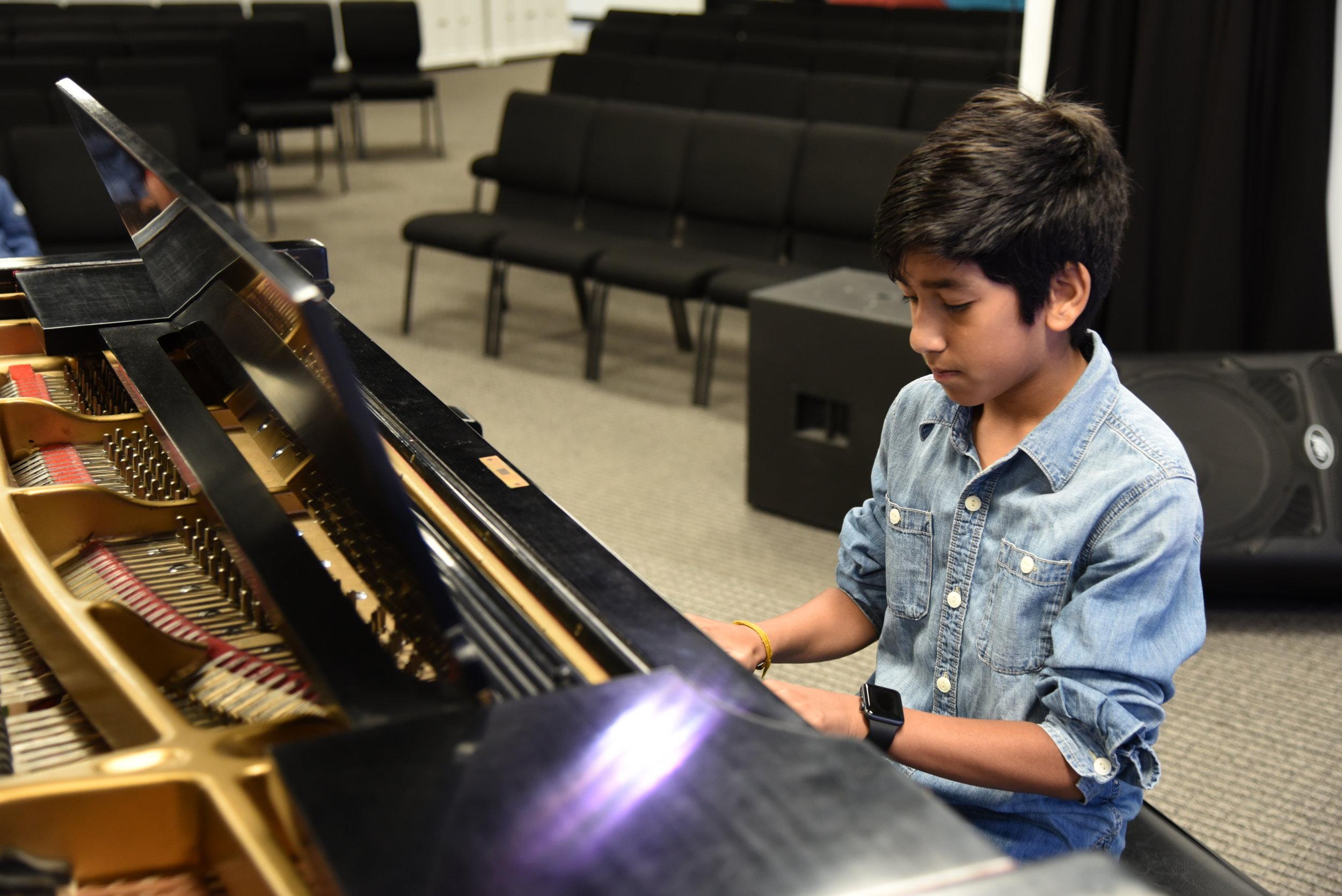 boy piano 22.JPG