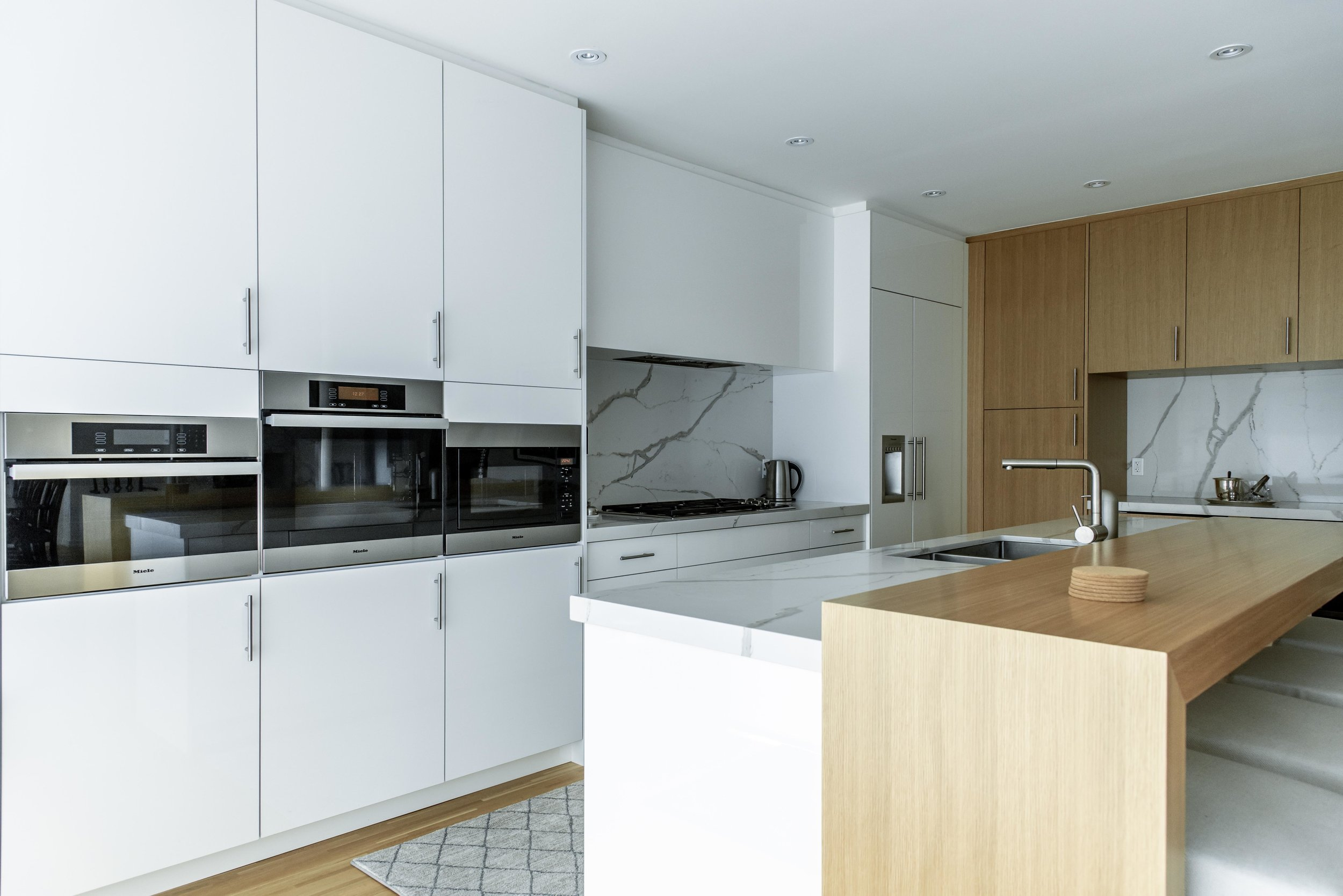 DSC_9123 - Kitchen 2 Low.jpg