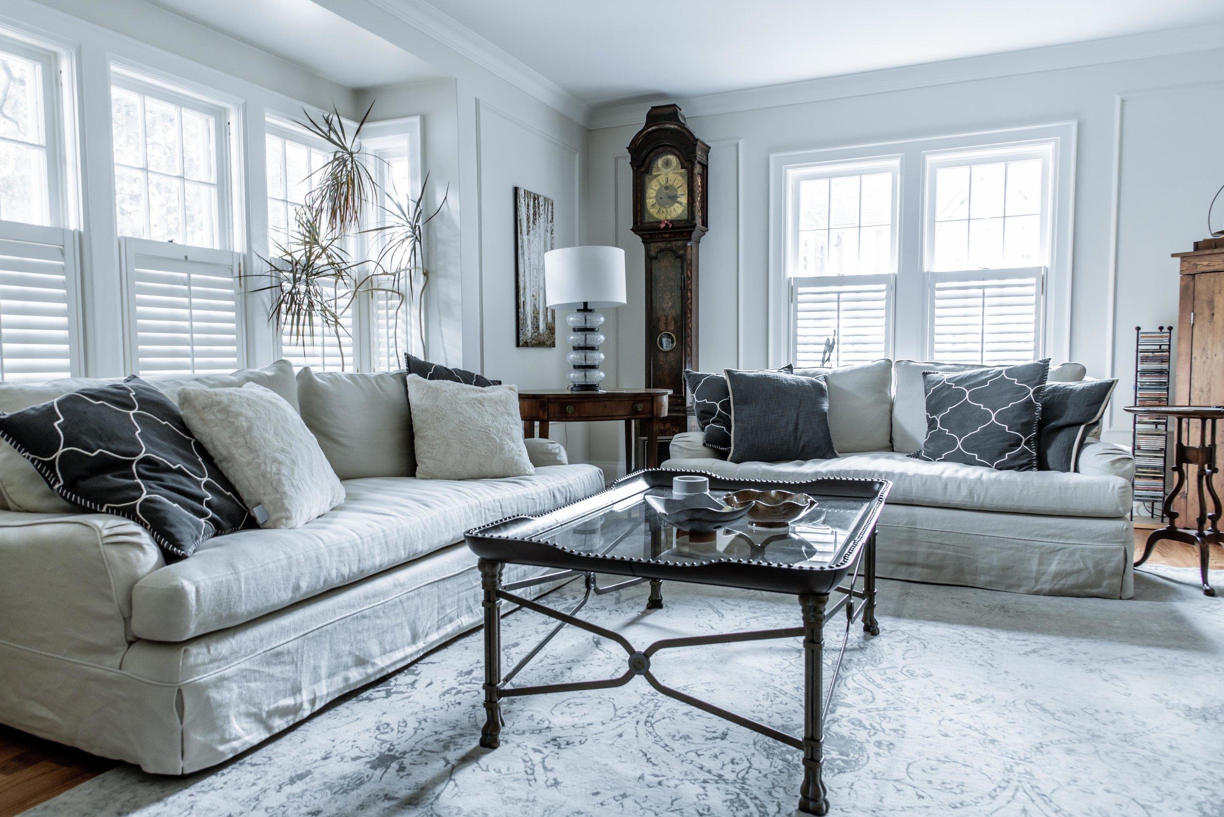 DSC_9147 - Livingroom Low.jpg