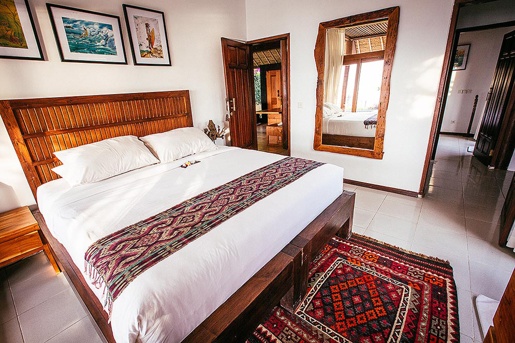 PACKAGE 2 - KING SIZE W/ PRIVATE BATH  Features:Private Bath,Ocean Views,Air Conditioning,Modern Suite,King Size Bed