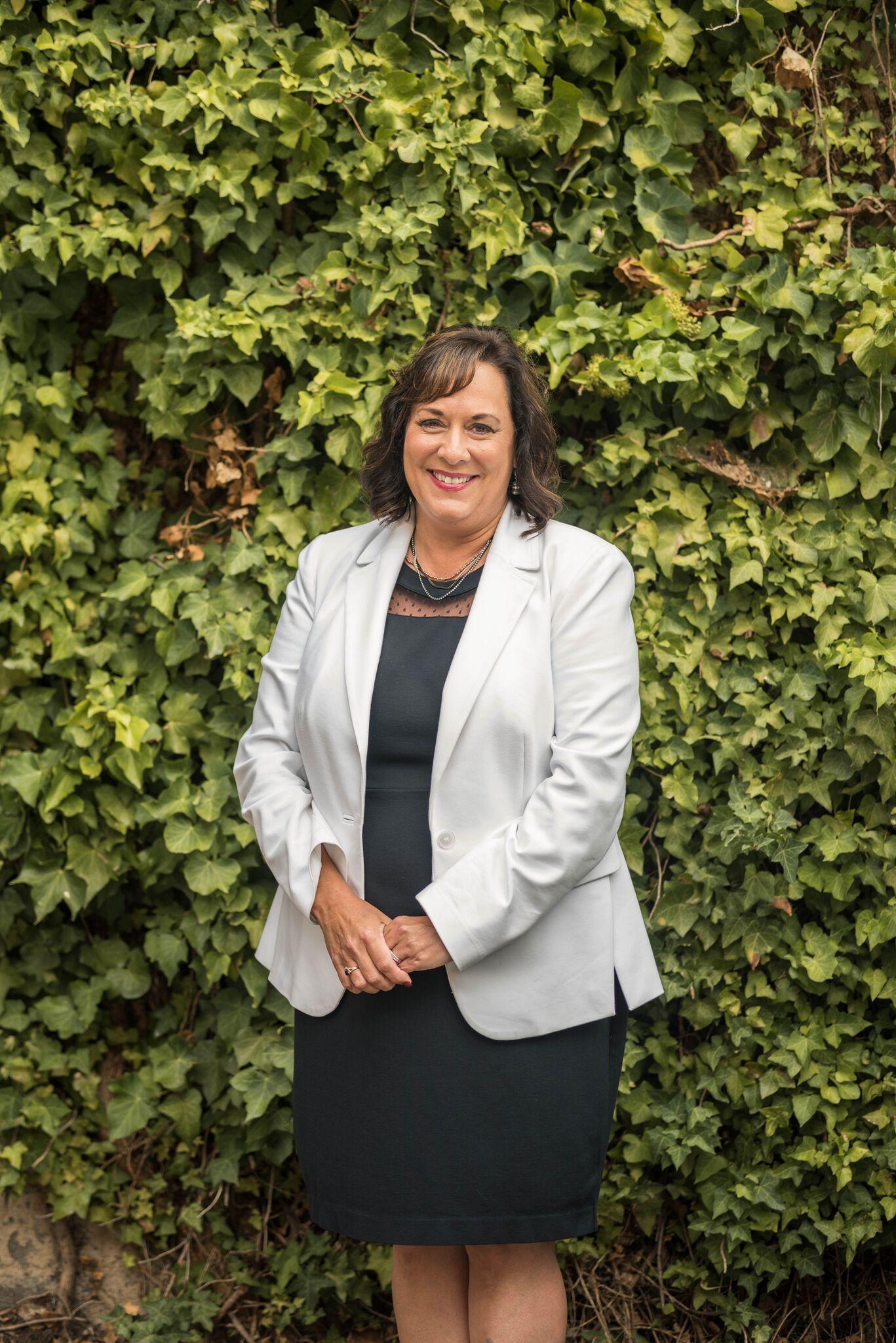Lisa Pogue  Owner + Managing Broker of DC Lending