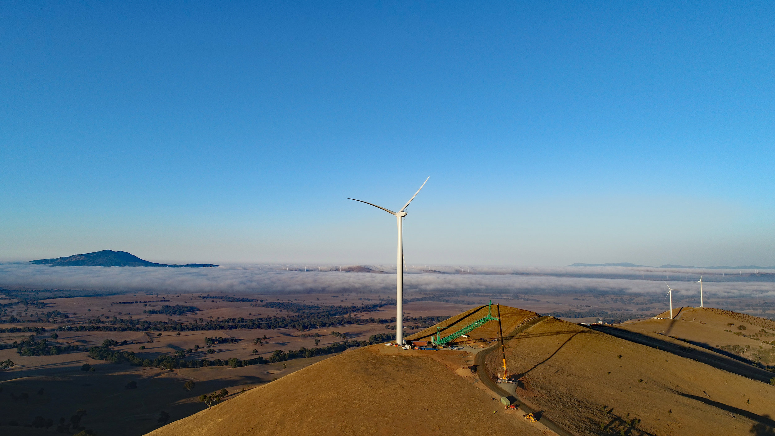 Melbourne Renewable Energy Project (MREP)'s Crowlands Windfarm near Ararat.  Photo credit: Pacific Hydro Australia.