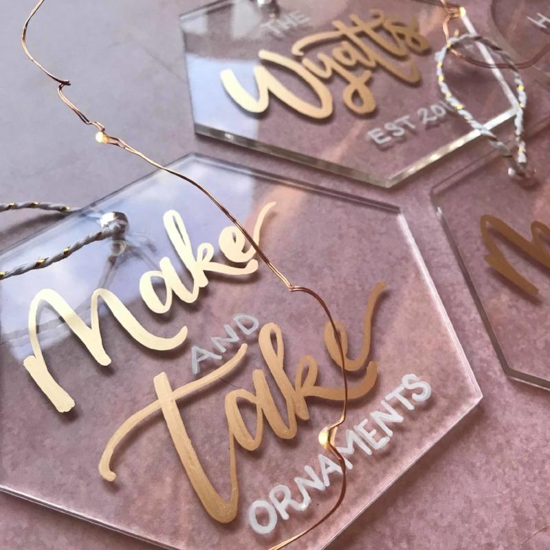 clear-acrylic-ornament-workshop