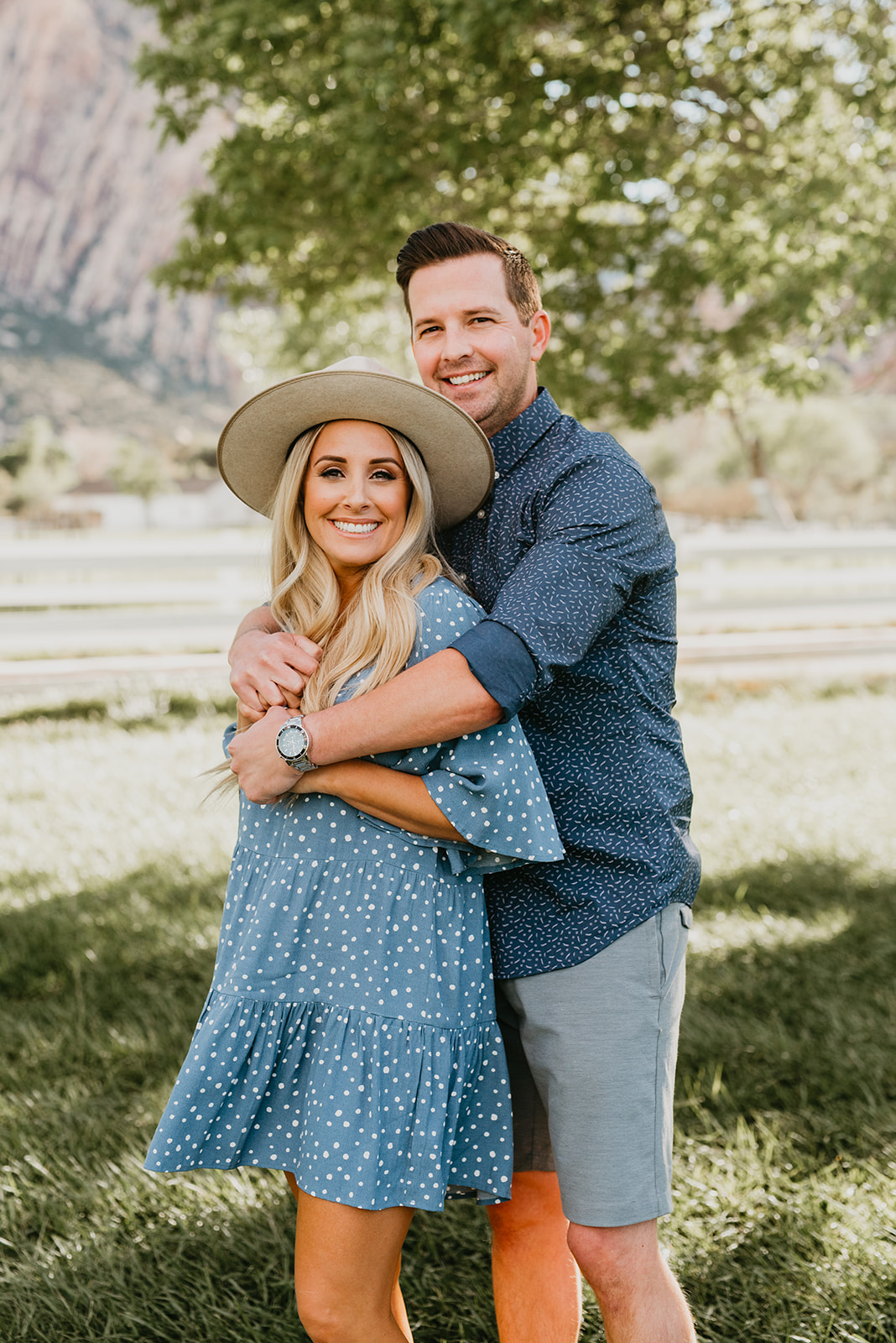Spring Mountain Ranch Family Shoot - Couple Picture