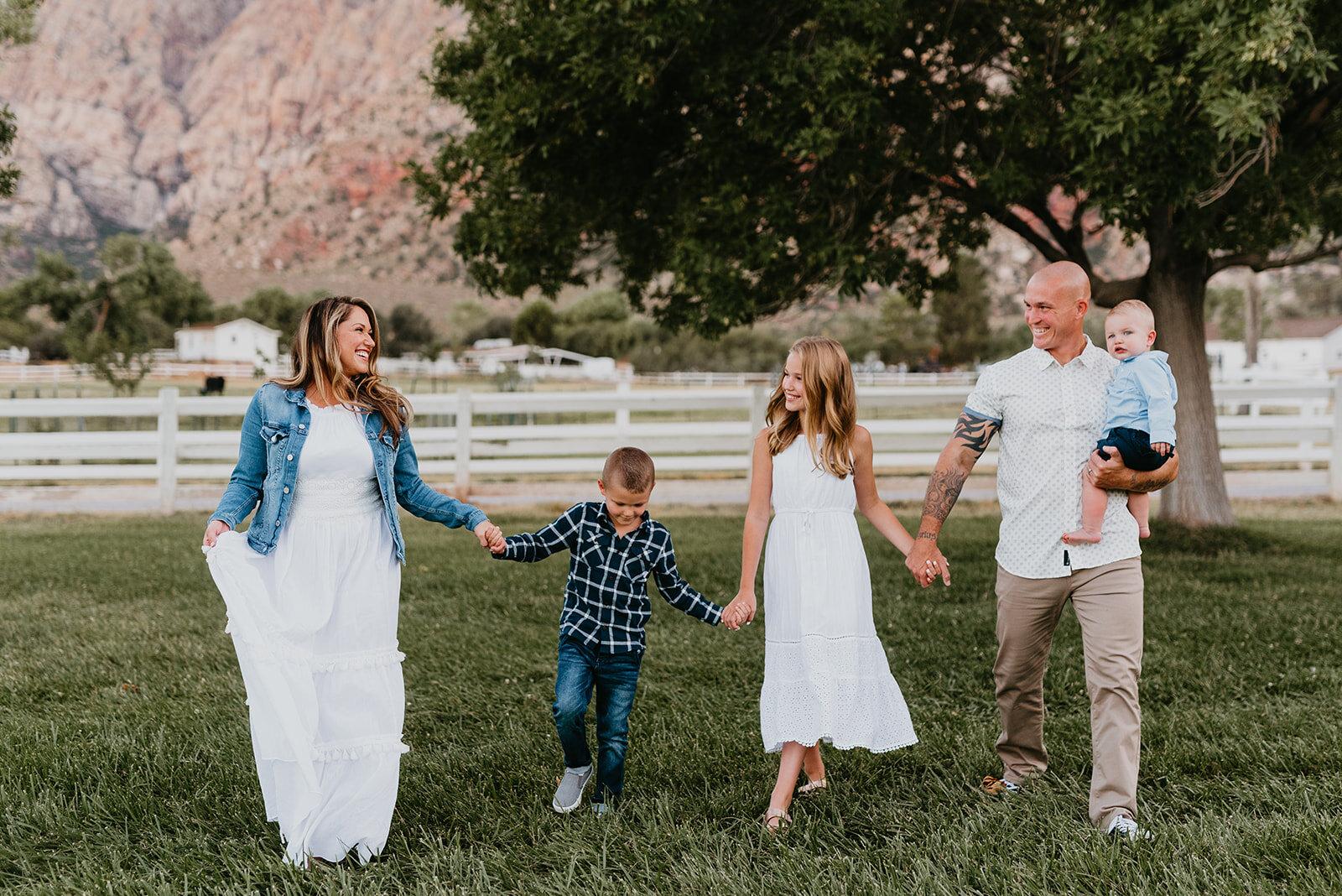Family Shoot - Spring Mountain Ranch